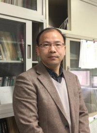 photo:YE Xujun Associate Professor